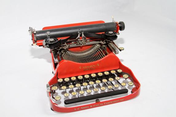 Red Smith Corona vintage typewriter